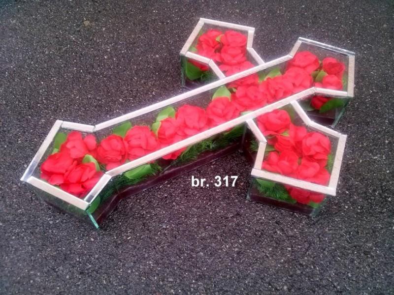 krst-sa-ukrasima-317