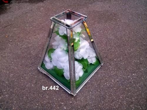mala piramida 442