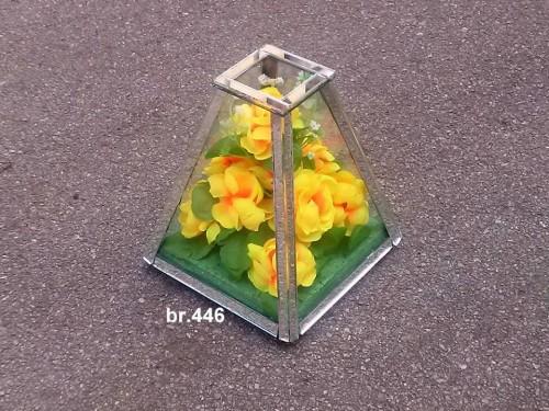 mala piramida 446