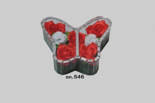546 leptir mali