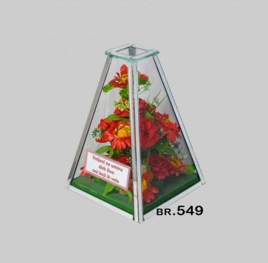 549 piramida srednja